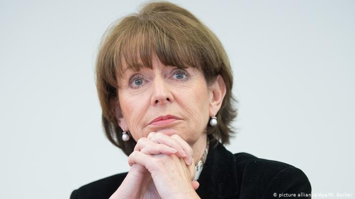 چند سیاستمدار آلمانی به مرگ تهدید شدند