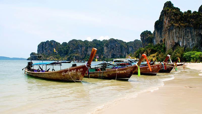 در تایلند متفاوت تفریح کنید