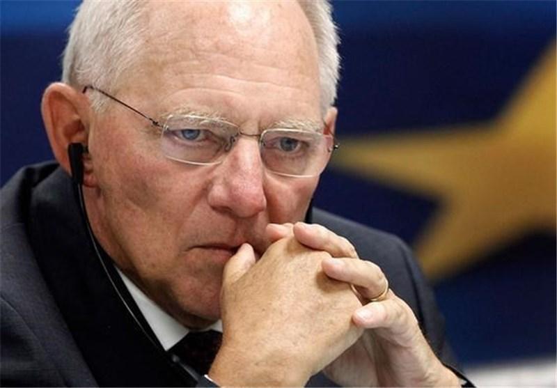 نحست وزیر یونان به ملت خود دروغ می گوید