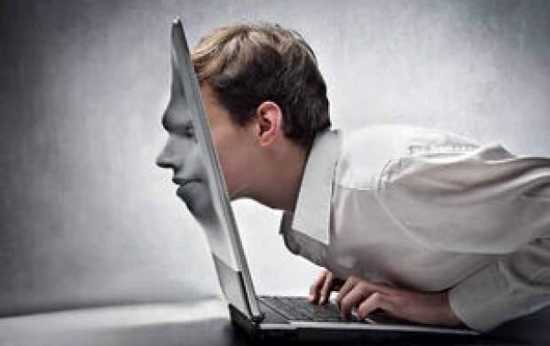 اثرات مرگبار نشستن طولانی مدت پای اینترنت