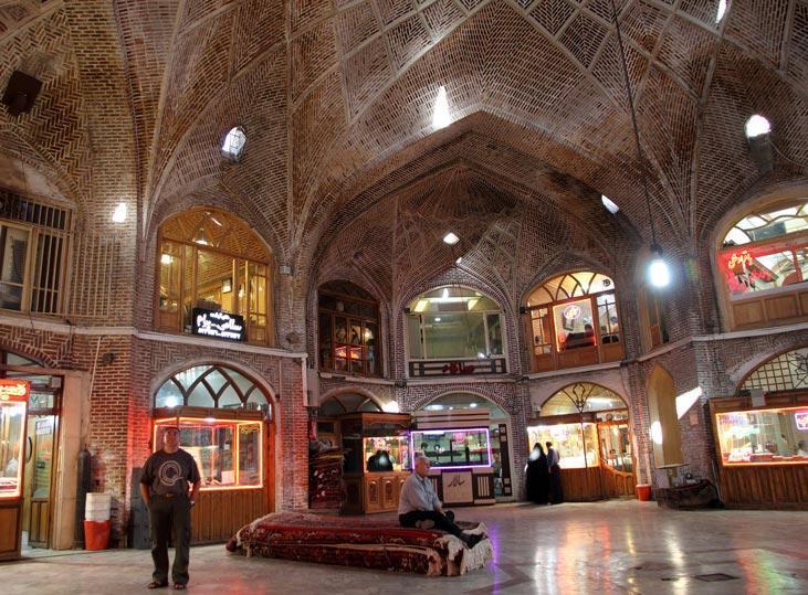 بازار تبریز، تجارت، معماری و زندگی
