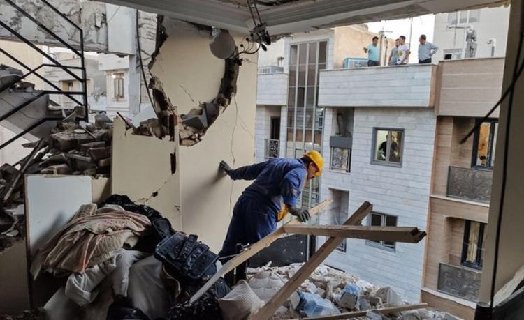(عکس) انفجار شدید در خیابان کمیل؛ علت انفجار چه بود؟