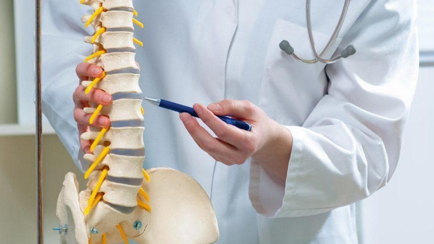 تنگی کانال نخاع کمری؛ علایم و شیوه های درمان