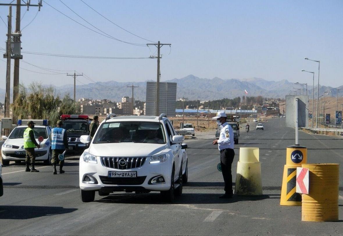 خبرنگاران 512 خودرو از ورودی غربی خراسان رضوی بازگردانده شد