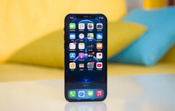 چرا اپل تا به امروز از آیفون تاشو رونمایی نکرده است؟