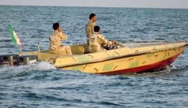شهادت مرزبان هرمزگانی در درگیری با قاچاقچیان در آب های قشم، 2 مرزبان دیگر بشدت مجروح شدند