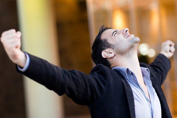 متن تبریک موفقیت کاری؛ 23 پیغام آرزوی موفقیت در کار