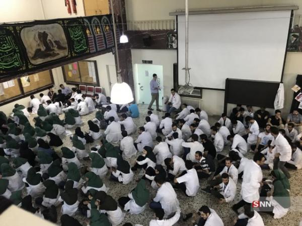 بلاتکلیفی دانشجویان دستیاری پزشکی ادامه دارد ، چرا وزارت بهداشت زمان برگزاری آزمون دستیاری را اعلام نمی کند؟
