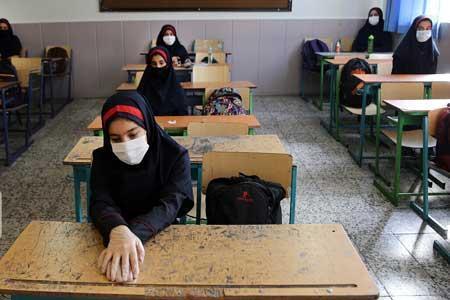 ماسک و تهویه بهتر کلاس های درس موجب کاهش انتشار کرونا در مدارس می گردد