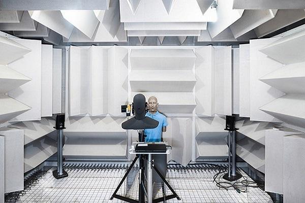 نگاهی به آزمایشگاه پیشرفته صوتی هواوی؛ رمز موفقیت هواوی در ارائه محصولات صوتی باکیفیت